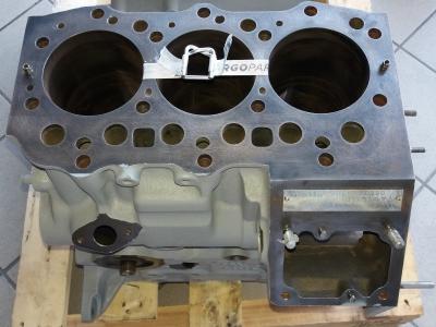 Monoblocco motore perkins 103.15 usato